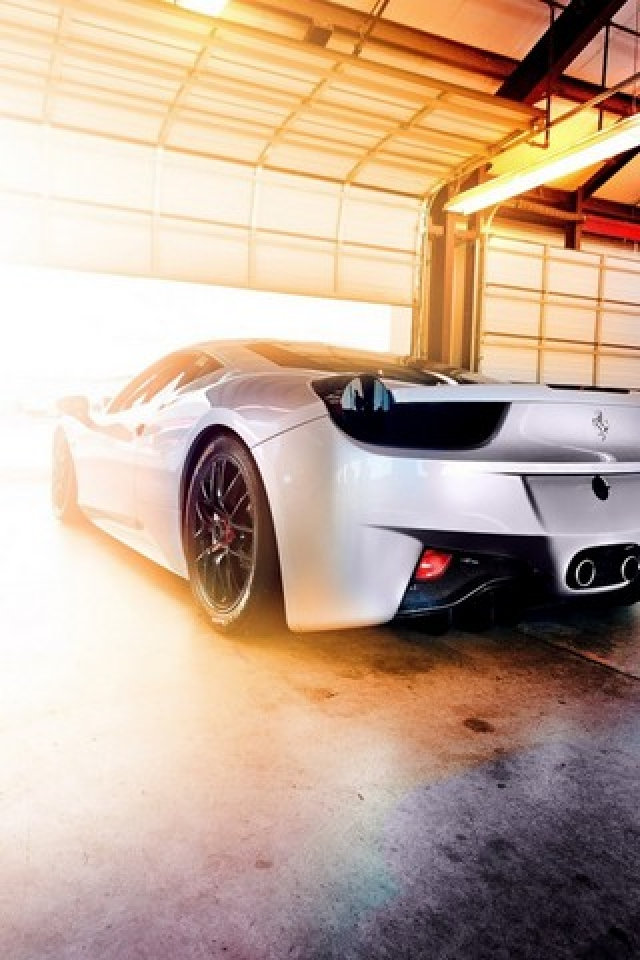 Download Ferrari iPhone Wallpaper for Free (5)
