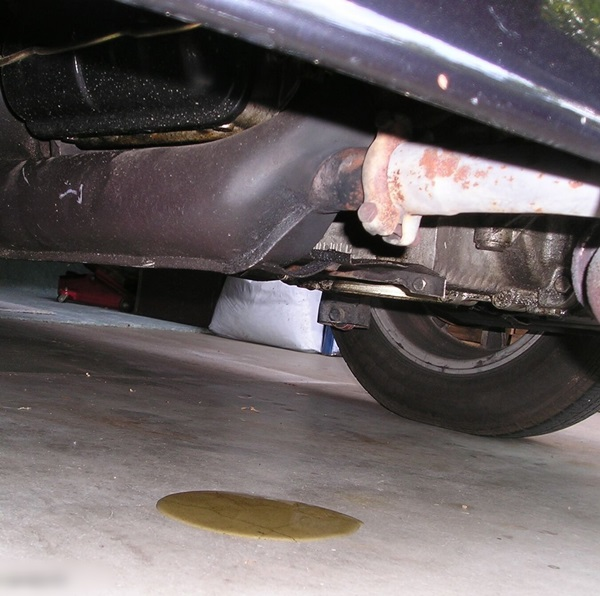 Most Common Fluid Leaks from a Car (12)