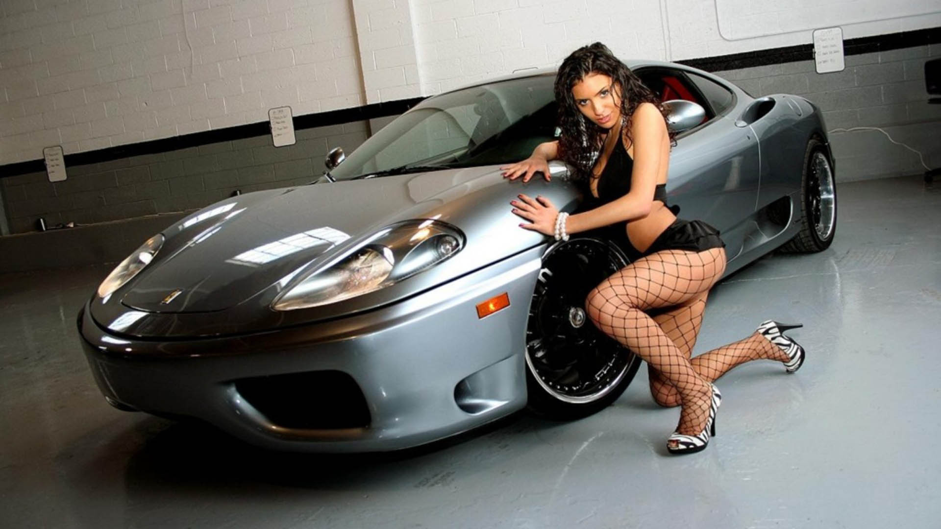 car and sexy girl pics